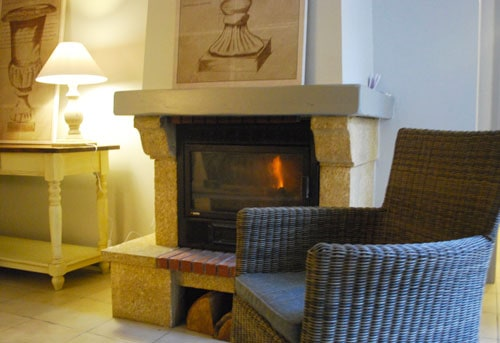 location secrete sarlat with fire place