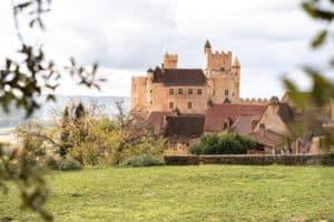 Visiter la Vallée de la Dordogne le chateau Le Périgord et le chateau de Beynac